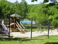 Das Schwimmbad in Altenbrak nur 5 min entfernt.