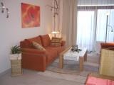 Das Sofa lässt sich bei Bedarf in eine Schlafgelegenheit für 2 weitere Personen verwandeln