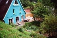 Haus und Teich