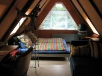Dachzimmer mit Doppelbett, 2 Pers. Schlafcouch + Schlafsessel und Bad