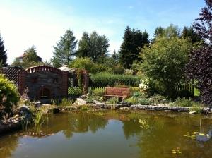 im Garten am Teich