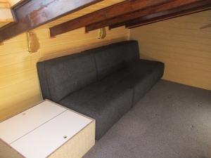 3 ausziehbare Schlafsessel je 85 cm breit