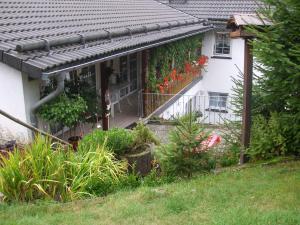 Haus Doris mit Terrasse und Balkon
