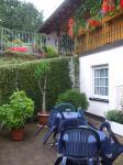 Terrasse und Wohnung im EG