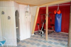 Fitnessbereich und Sauna